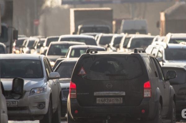 Главные магистрали Самары постепенно разгружают от пробок