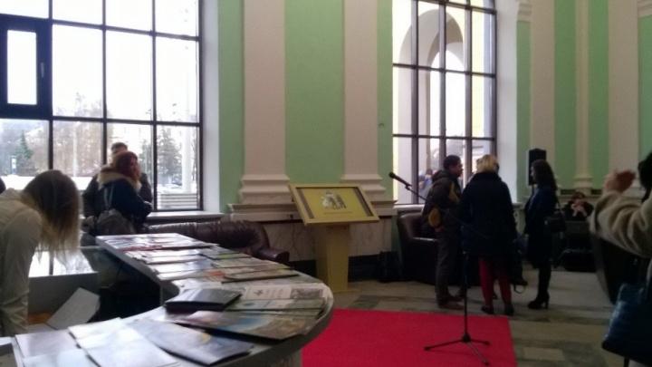 В Ярославле из-за ДТП со школьным автобусом отменили торжество в честь открытия турцентра