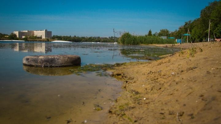 Детей и подростков начнут искать на запрещенных пляжах Ростова