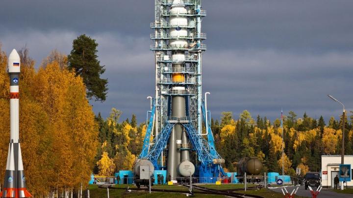 Ракета-носитель «Союз-2.1б» с новейшим военным спутником стартовала с космодрома «Плесецк»