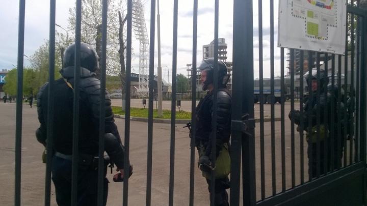 В центр Ярославля приехали несколько машин ОМОНа: фото