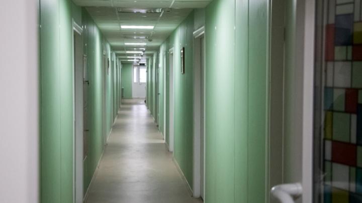 В Архангельске из-за равнодушия родителей умер подросток