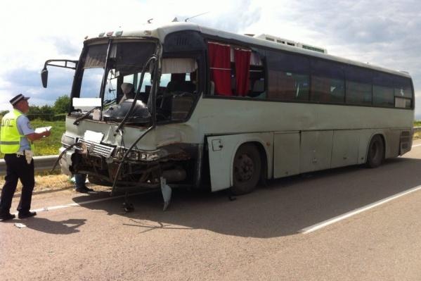 В ДТП пострадали 32 человека