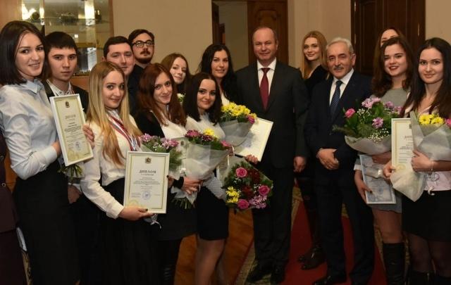 Среди лучших студентов Ростова – 12 из РГЭУ (РИНХ)