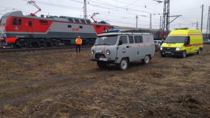 На подъезде к Кунгуру машинист остановил поезд из-за сообщения о бомбе в вагоне