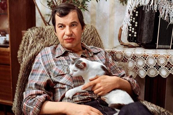 Георгий Бурков, по воспоминаниям близких, был домашним человеком