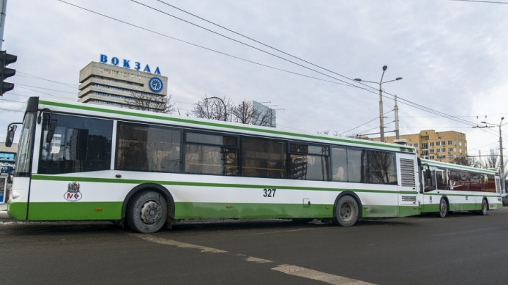 В Ростове изменена схема движения транспорта из-за пожара на «Темернике»
