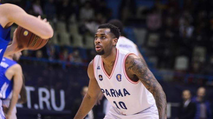Не хватило двух очков: пермские баскетболисты уступили спортсменам из Саратова