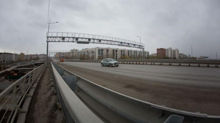 На развязке по улице Монтажников сегодня ночью откроют три новых съезда