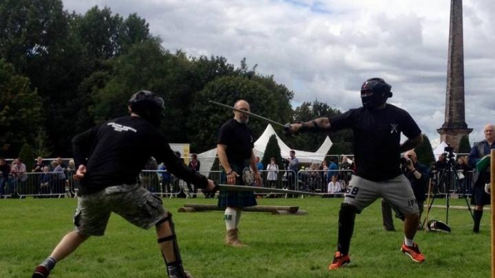 Донские казаки сразились с шотландцами на палашах