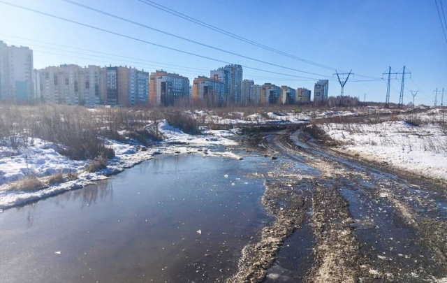 Микрорайон на северо-западе Челябинска затопило фекальными стоками