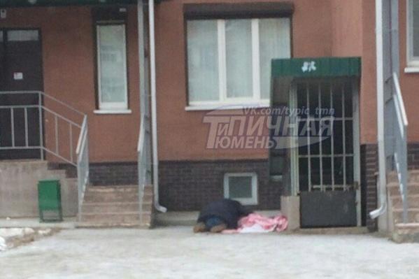 Житель Тюмени упал с высоты шестого этажа