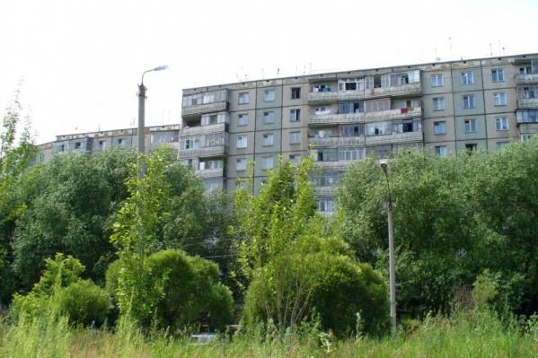 Жители дома № 2 по улице Чоппа добились того, чтобы планируемую новостройку убрали из проекта планировки территорий рядом с их двором