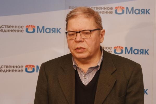 Юрий Мокров придерживается версии о падении спутника