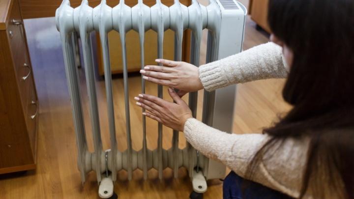 Замерзающих без отопления волгоградцев оставили без горячей воды