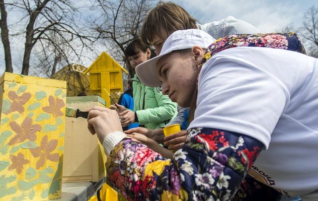 В парке Революции прошел фестиваль «Арт-Скворечник»