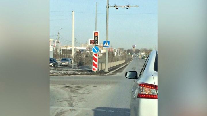 Красный круг вокруг стрелки: тюменские водители рассказали, чем новые светофоры лучше прежних