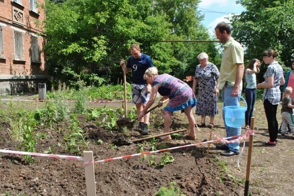 Жители микрорайона планируют и дальше работать над благоустройством дворов