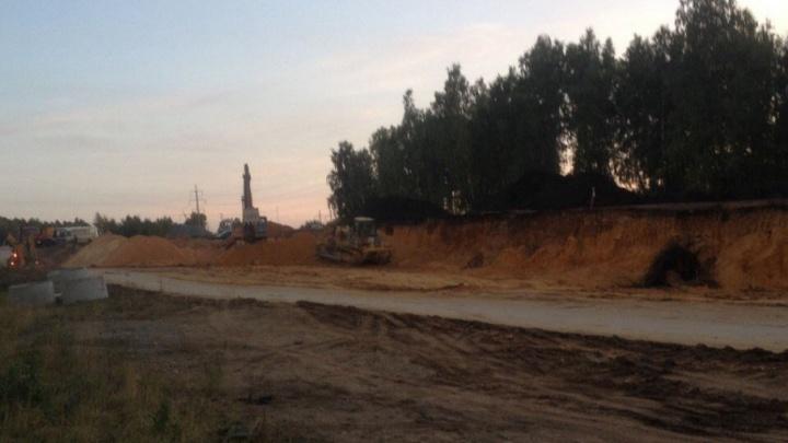 Строительство дороги в челябинском микрорайоне продлили на месяц