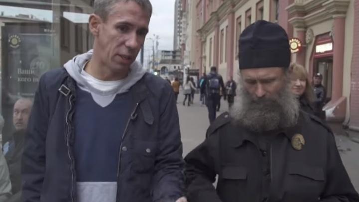 Вокзал, бомжи и Панин: ростовские студенты сняли фильм с участием известного актера