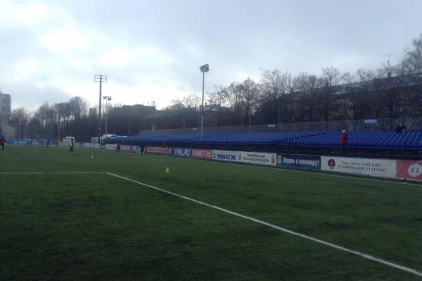 Новенькие трибуны малой футбольной арены ждут ярославцев