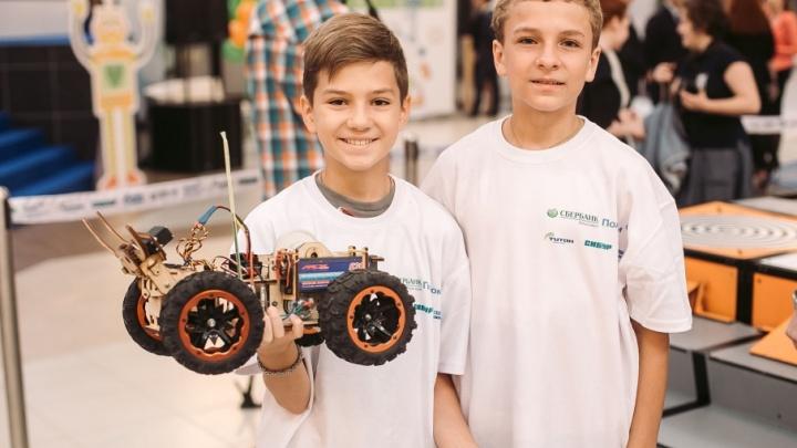 Тюменские вундеркинды испытали своих роботов на соревнованиях