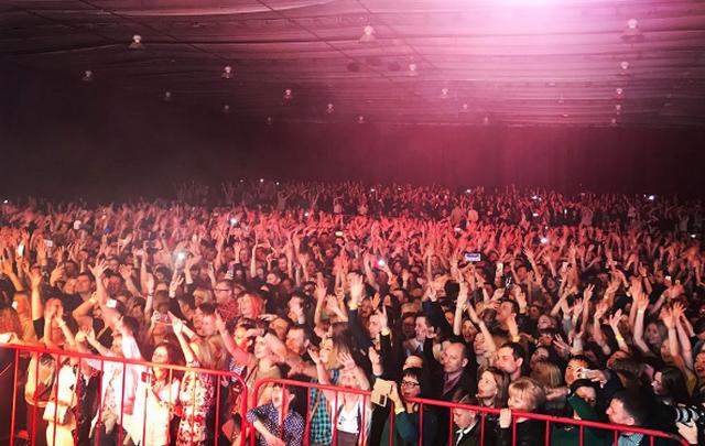 Ностальгический концерт «Руки Вверх!» в Волгограде собрал полный зал