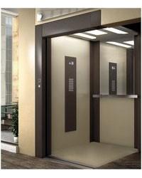 В Тюмень привезли лифты из Греции