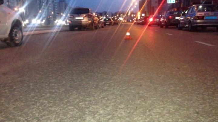В Южном городе водитель за рулем Lada Vesta cбил 7-летнего мальчика, который пытался перейти дорогу