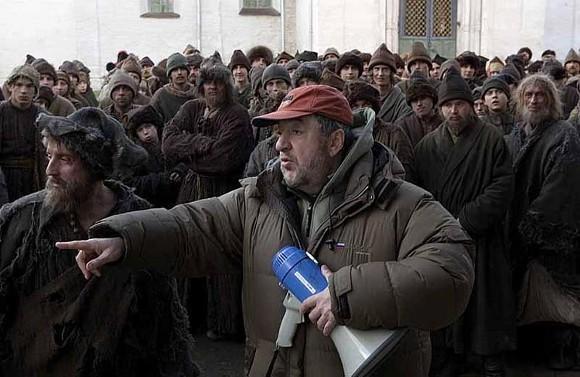 "Павел Лунгин на съемках фильма ""Царь"""