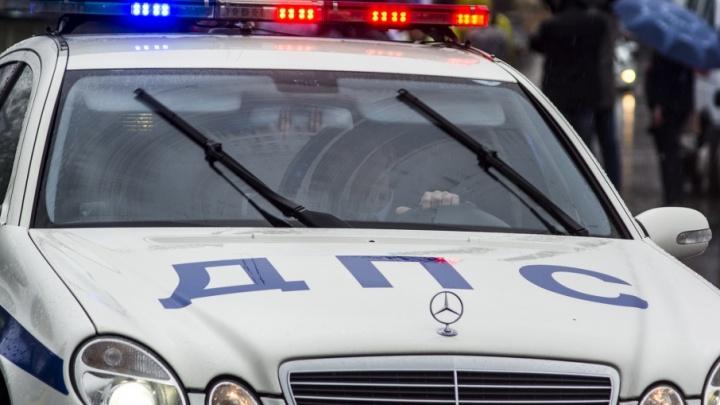 В Белой Калитве водитель Range Rover сбил на пешеходном переходе ребенка
