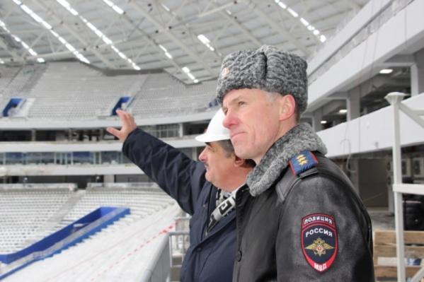 Генерал-полковнику полиции показали, как строится самарский стадион
