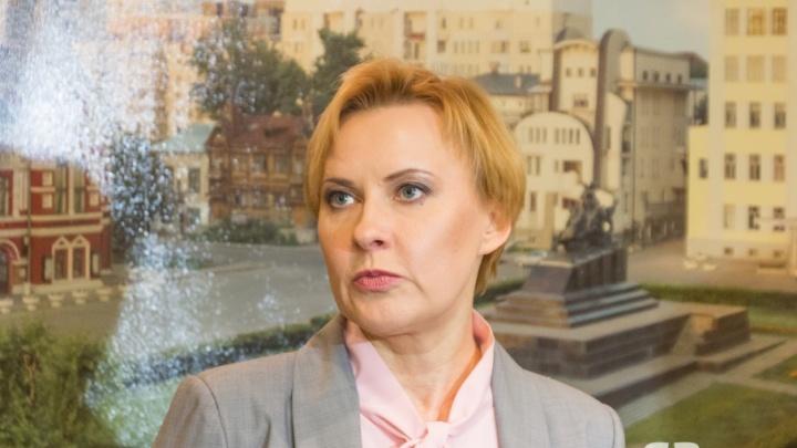 «Это решение нас удивило»: мэр Самары о результатах голосования по судьбе стены на площади Славы