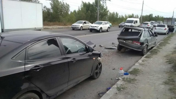 В Самаре на Южном шоссе «Хендэ» «догнал» ВАЗ-2109