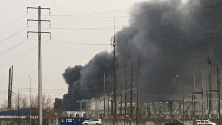 В Тюмени загорелся цех завода «Полимерпласт»