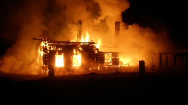 В пожаре на даче под Новодвинском погиб мужчина