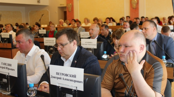 По 200 тысяч рублей в день: сколько заработали депутаты муниципалитета Ярославля