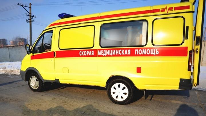 На Тимуровцев столкнулись четыре машины: тюменку с травмой увезли в больницу