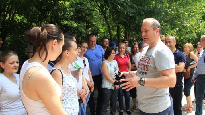 5000 человек вышли на субботник в Ростове