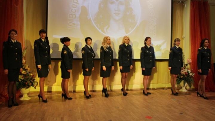 Красота в погонах: выбери вместе с 29.ru звезду уголовно-исполнительной системы