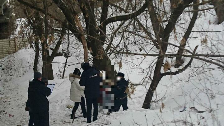 Под мостом в Перми обнаружили тело 20-летнего юноши