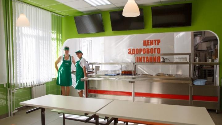 В образовательных учреждениях Волгограда на смену столовым пришли центры здорового питания