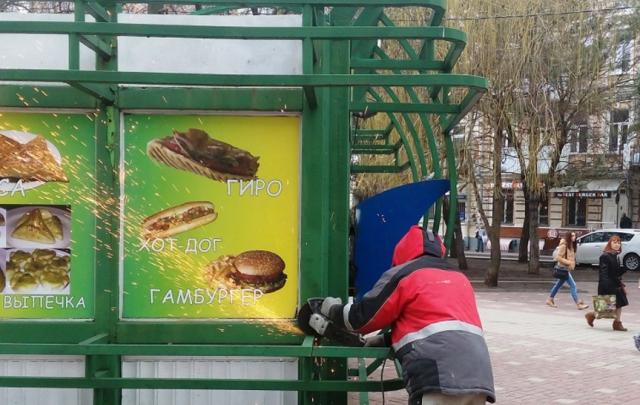 Мэрия Ростова отчиталась о ликвидации последнего крупного ларька на Пушкинской