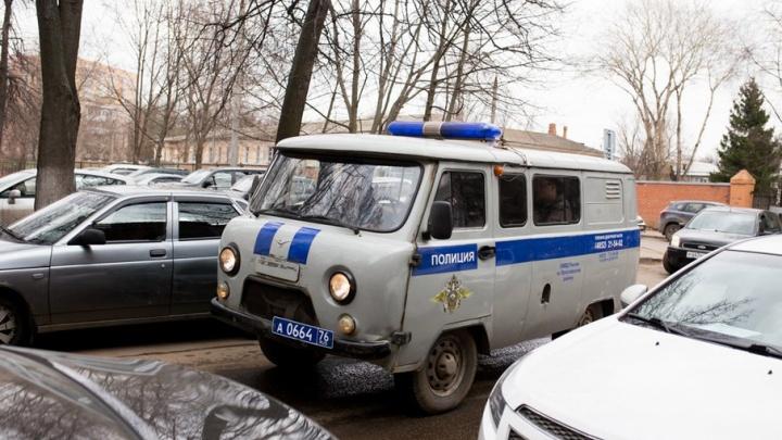 Патефон, старинные монеты и иконы: в Ярославле обворовали съемную квартиру