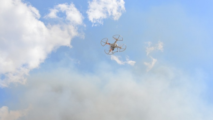 Возле южноуральской  «запретки» второй день тушат большой природный пожар