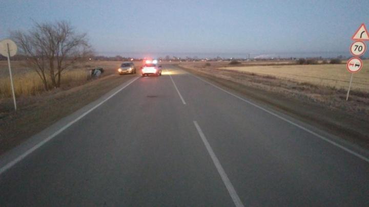 Пассажир погиб в ДТП с опрокидыванием на южноуральской трассе