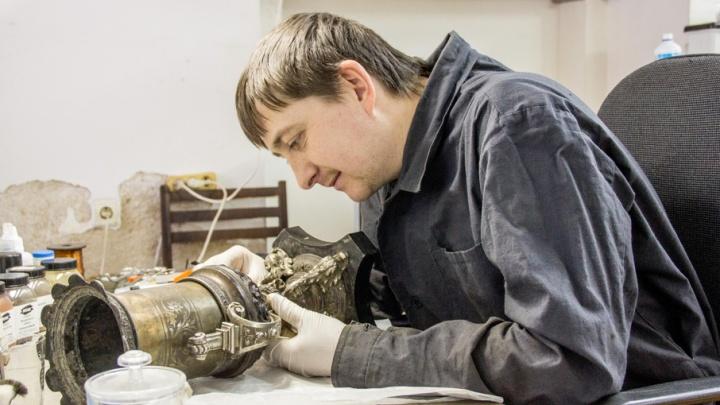 Реставрация фамильной посуды и роспись эмали: Ростовский кремль зовет на мастер-классы