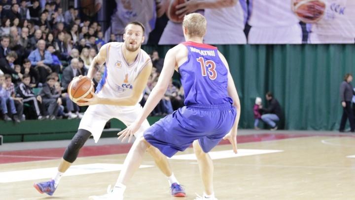 Баскетбольный клуб «Самара» на своей площадке уступил ЦСКА-2
