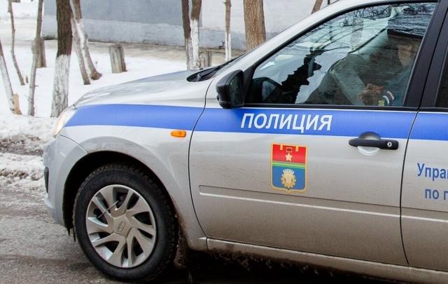 В Волжском по горячим следам задержали волгоградца, ограбившего двух женщин