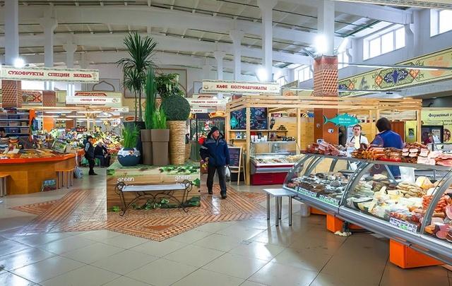 В Приволжье женщина вынесла из магазина еду, алкоголь и бытовую химию на 15 тысяч рублей